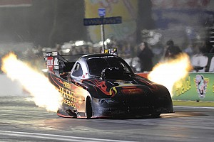 Fans, participants gain with new moves by NHRA