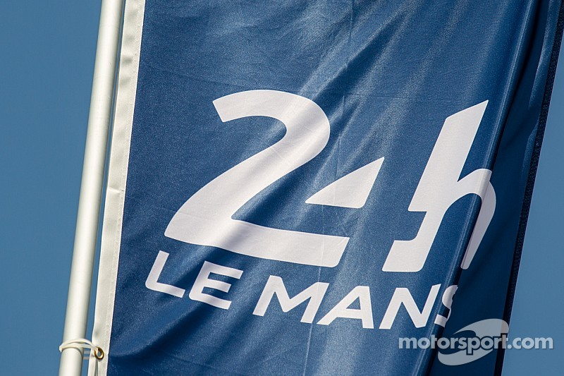 british green yokohama blog 24 heures du mans 2015 circuit de la sarthe. Black Bedroom Furniture Sets. Home Design Ideas