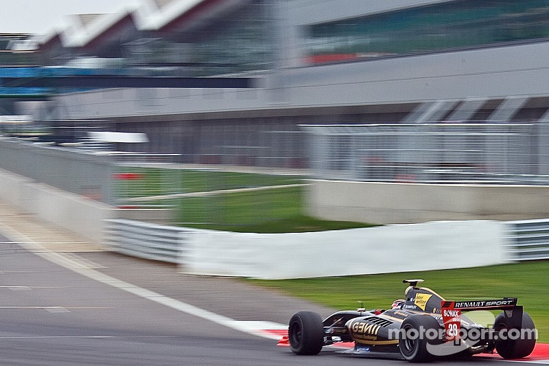 Silverstone FR3.5 round moved over MotoGP call