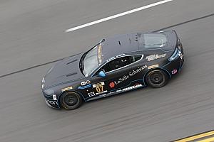 PWC Reporte de calificación Kris Wilson tomó la pole de los GTS en el Circuito de Las América