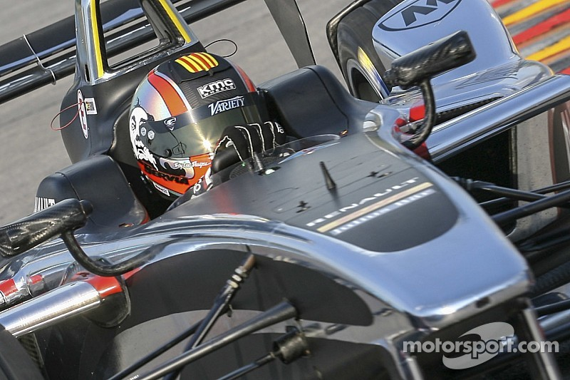 Servia gets management role at Dragon Racing