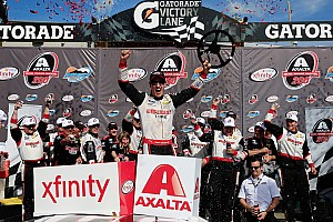 Joey Logano dominates in the desert