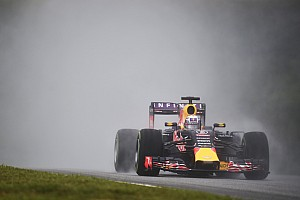 Ricciardo says gap to Ferrari too big