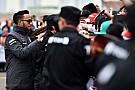 Hamilton admite que Ferrari es una amenaza