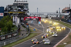 Endurance Race report Nurburgring 24 Hours: BMW leads, but is chased hard