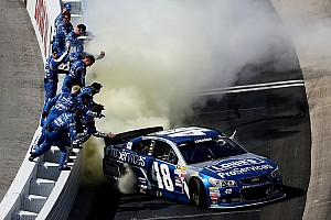 NASCAR Sprint Cup Race report Johnson wins for record tenth time at Dover