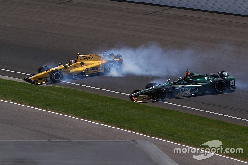 IndyCar adjusts Texas aero kits to prevent airborne crashes