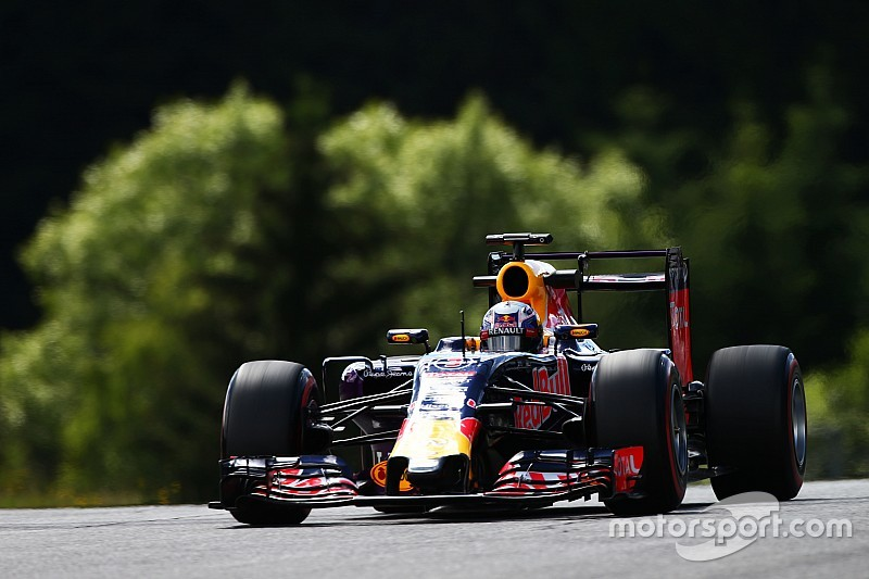 Red Bull encouraged by Renault test progress