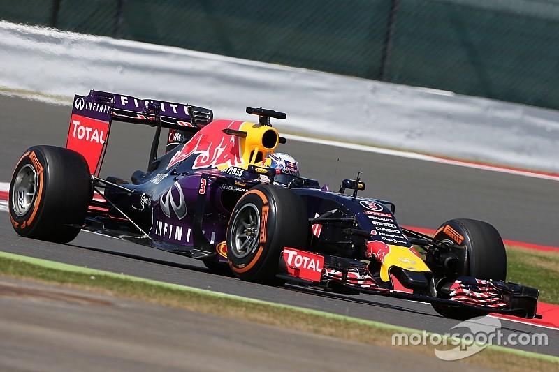 """Após top-6, Ricciardo mostra confiança: """"o pior ficou para trás"""""""