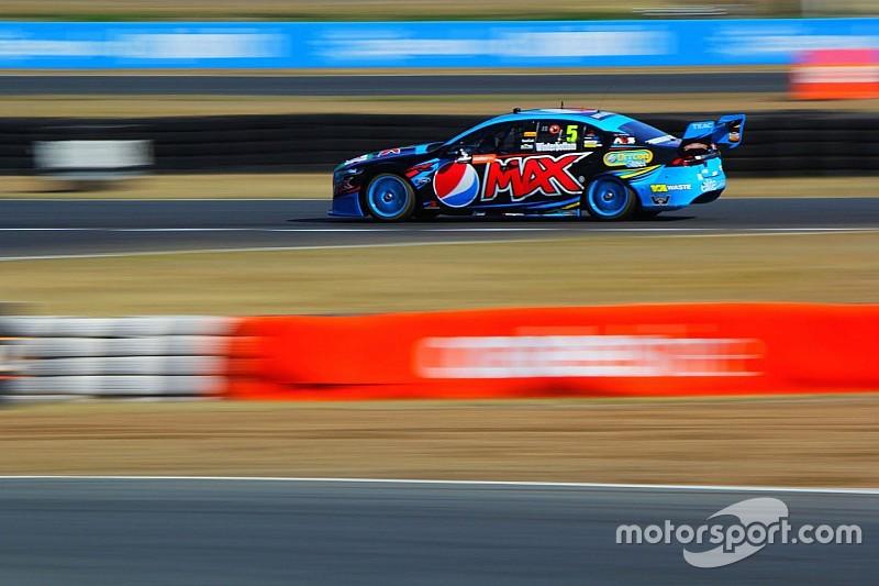Winterbottom doubles up at Queensland Raceway