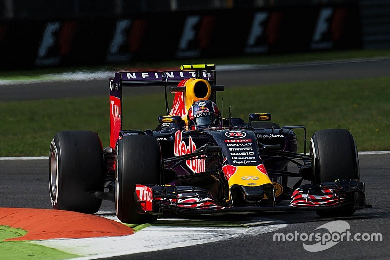 Ricciardo, Kvyat y Sainz harán un doble cambio de motor