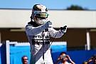 Hamilton vence e fica a uma vitória de Senna; Massa é 3º
