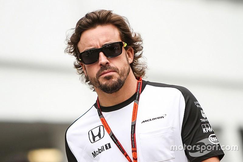 Alonso espera por