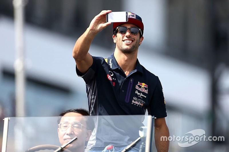 Ricciardo confía que Red Bull correrá en 2016