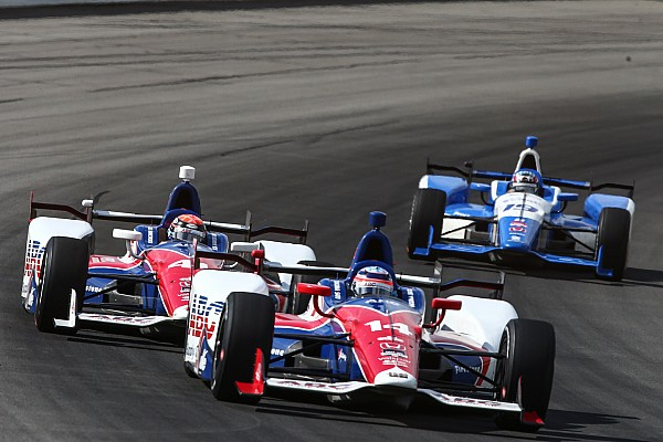 IndyCar Foyt set to confirm drivers and new team manager