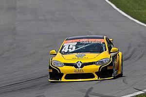 Brasileiro de Marcas Relato de classificação Carbone supera parceiro Barrichello e é pole em Curitiba