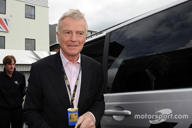 Mosley teme que as montadoras tenham tomado o controle da F1
