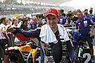 Lorenzo se disculpa por su gesto en el podio de Malasia