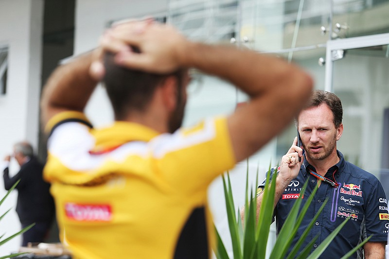 Red Bull's 'merkloze' motor wacht op goedkeuring