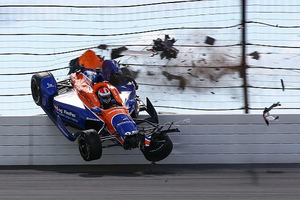 IndyCar Últimas notícias Indy anuncia mudanças na segurança para 2016