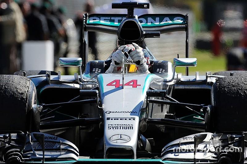 'Lewis was dit jaar gewoon onaantastbaar' - Button