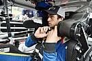Rookie Chase Elliott begins life in Jeff Gordon's #24