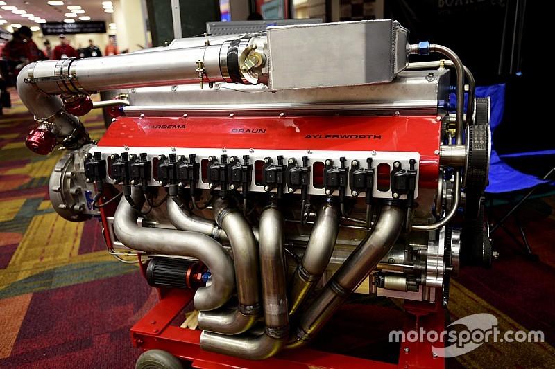 Master tinkerers hatch V1200 boat engine