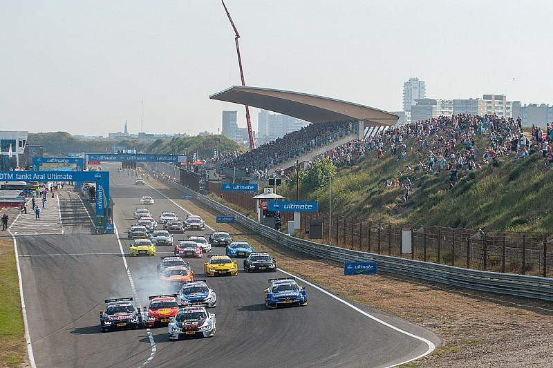 Prins Bernhard van Oranje toont interesse in Circuit Park Zandvoort
