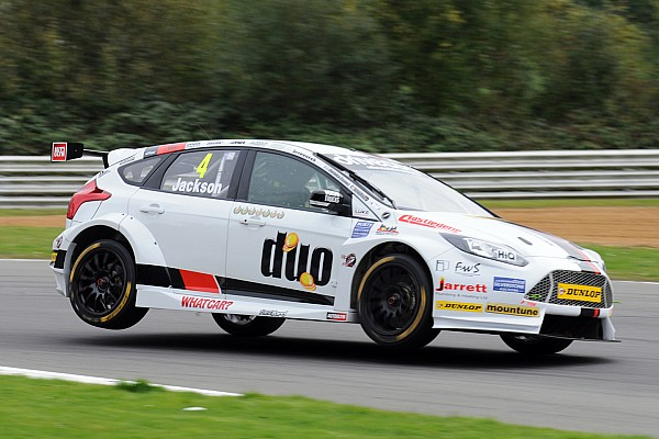 BTCC Breaking news Jackson retained by Motorbase for 2016 BTCC season
