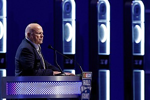General Breaking news SMI Chairman Bruton Smith interested in buying Carolina Panthers
