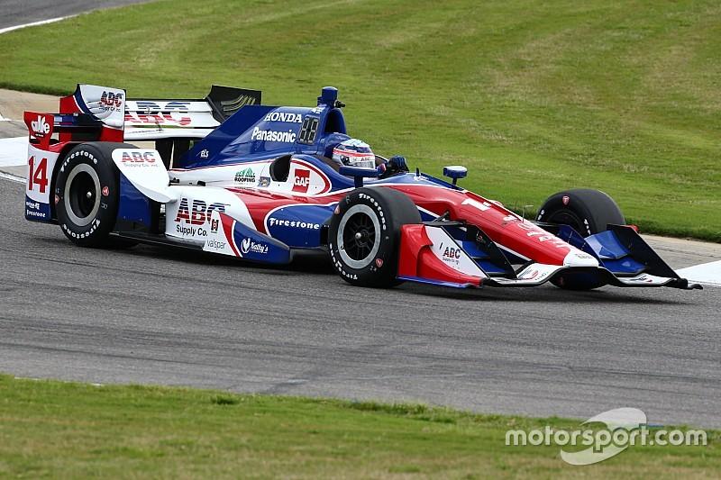 インディカー第4戦、FP2で佐藤琢磨がトップ