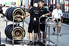 Lotus в останній момент заплатила Pirelli