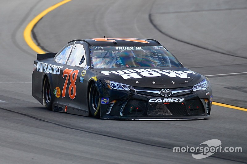 NASCAR Pocono: Pole-Position für Martin Truex Jr.