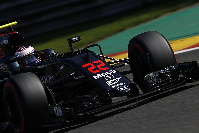 McLaren отрицает переговоры освоей продаже Apple
