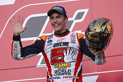 MotoGP Marc Márquez y esa mujer llamada