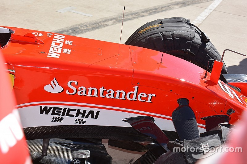 Ferrari: si è strappata la Bat wing strisciando su un cordolo!