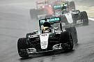 【F1】ピレリ、ドライバーとの議論を行うも「あらゆる可能性がある」