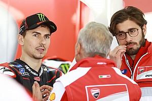 MotoGP Noticias de última hora Lorenzo visitó la fábrica de Ducati el día antes de su presentación