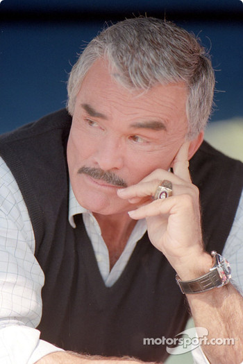 The comeback kid: Burt Reynolds as car owner Carl Henry