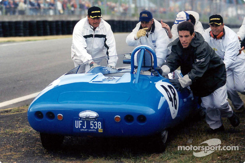 Trouble for the DB HBR4 at the Le Mans Legend race