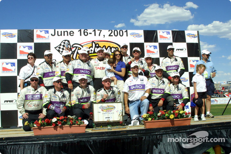 Buddy Lazier, Lazier family and his team
