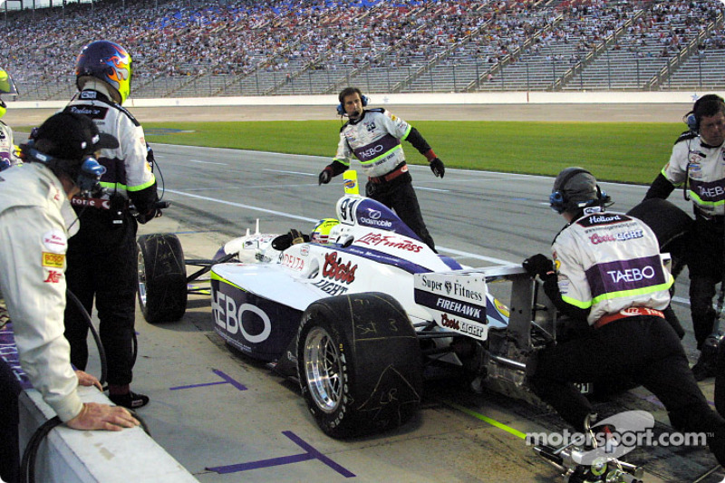 Pit stop for Buddy Lazier
