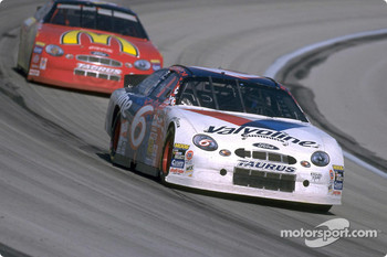 Valvoline Ford Taurus driver Mark Martin helped Ford win the 1999 NASCAR Manufacturers Championship with two victories