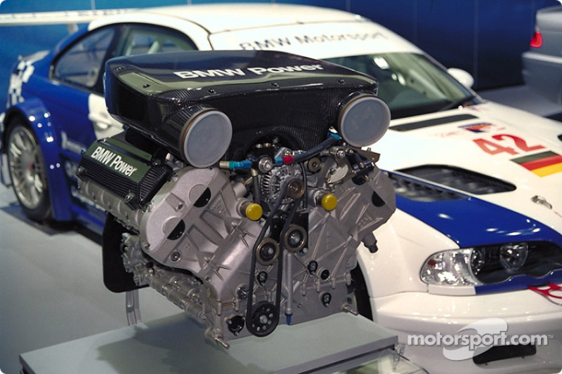 The Alms Bmw M3 Gtr V8 Engine At North American