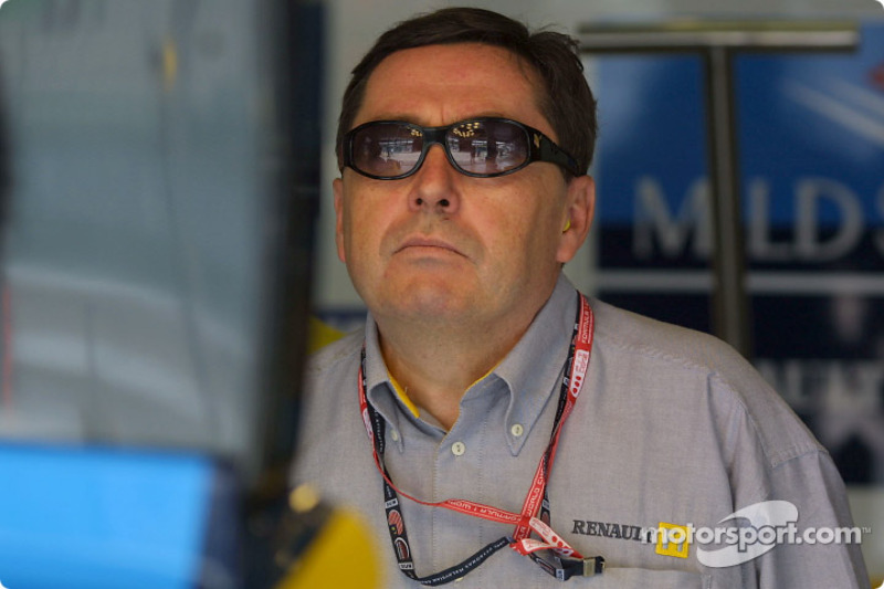 Patrick Faure watching the race