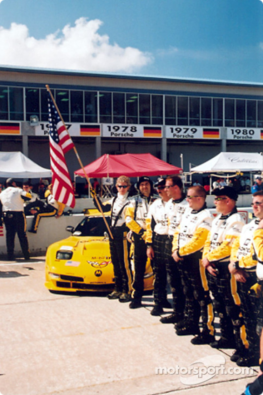 Team Corvette on the grid