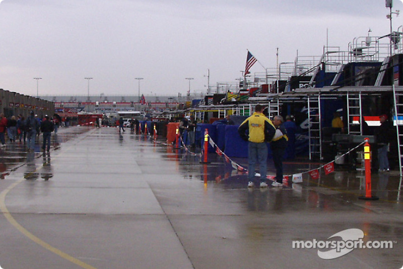 The Happy hour garage is empty when it rains