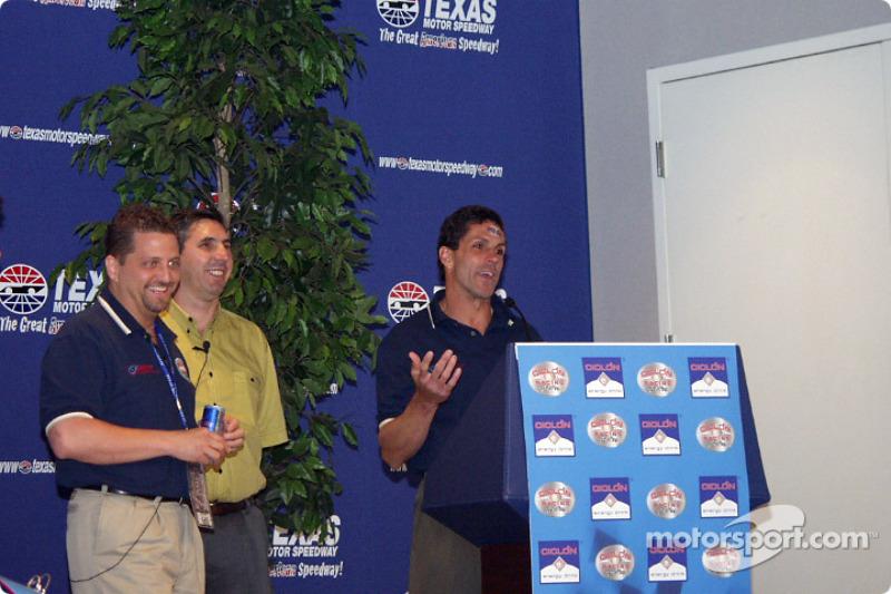 Roberto Guerero talks about his new Busch Team