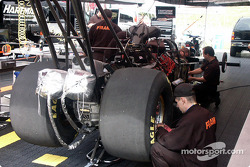 Work in the Fram Dragster pit