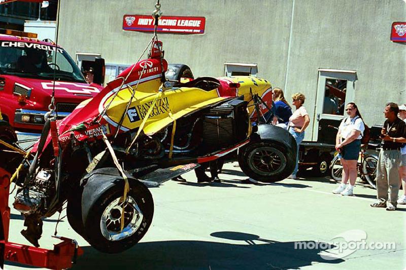 Laurent Redon's damaged car